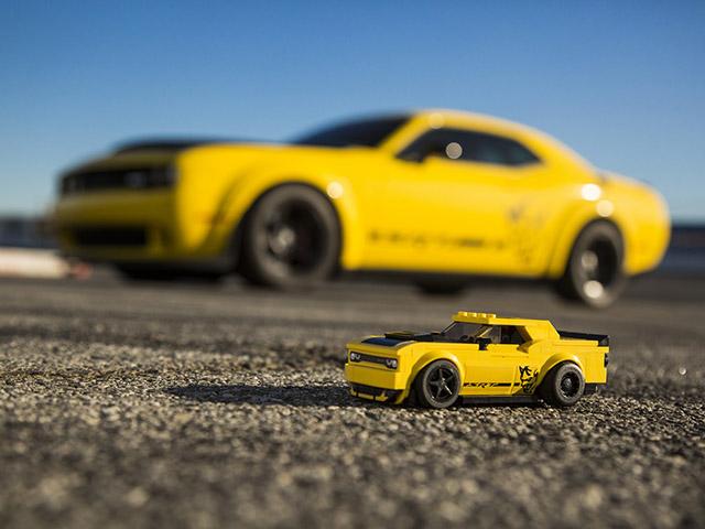 Dodge hợp tác với LEGO ra mắt bộ đôi xe mô hình phiên bản giới hạn