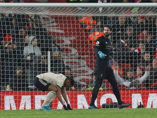 Liverpool hạ MU và cả Ngoại hạng Anh: Van Dijk & 3 SAO lập kỳ tích có 1 không 2 - 3