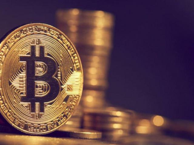 Tiền ảo bitcoin tăng điên loạn vượt mốc 800 triệu đồng