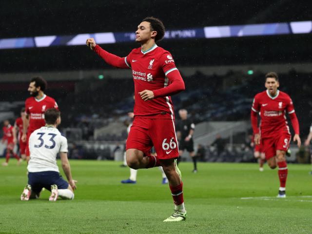Điểm nóng vòng 20 Ngoại hạng Anh: MU tái hiện ác mộng, Liverpool hồi sinh