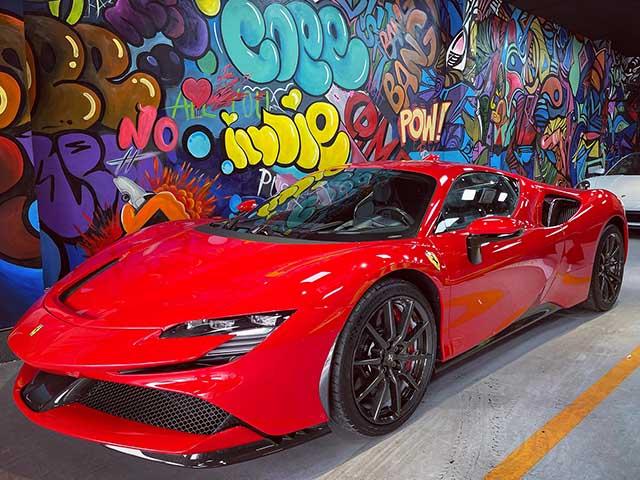 Siêu phẩm Ferrari SF90 Stradale xuất hiện tại Việt Nam