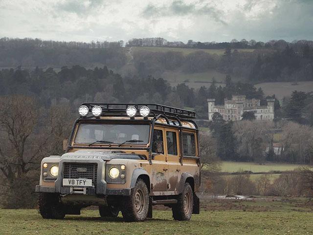 Land Rover Defender Works V8 Trophy phiên bản giới hạn đẹp hút hồn fan mê off-road