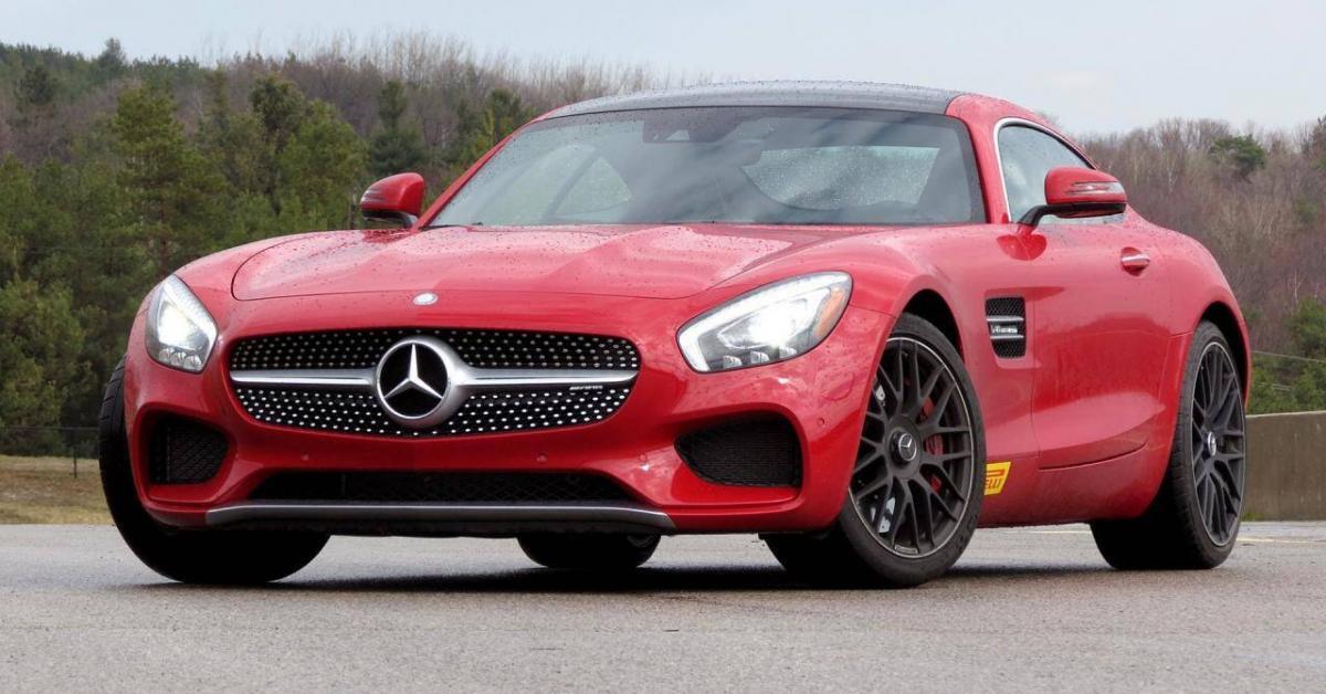 Điểm mặt những mẫu siêu xe mất giá nhanh nhất trong lịch sử