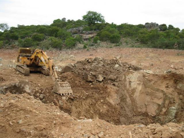 Thực hư kho báu 4.000 tấn vàng ở núi Tàu: Bỏ hàng nghìn lượng vàng thật để tìm kho báu ảo