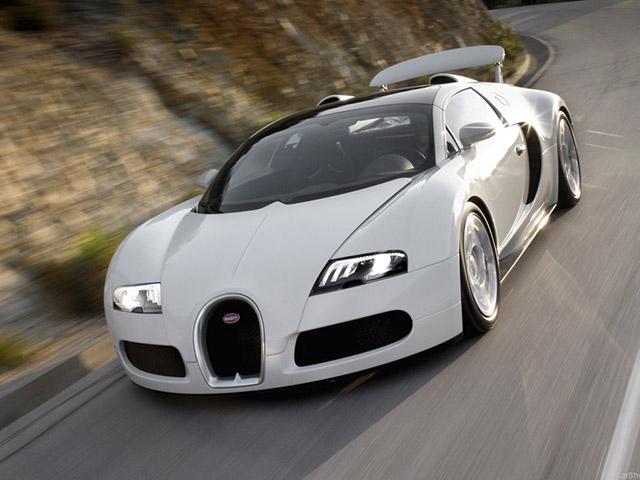 """Bugatti Veyron của """"Qua Vũ"""" bất ngờ xuất hiện trên đường phố Sài Gòn - 4"""