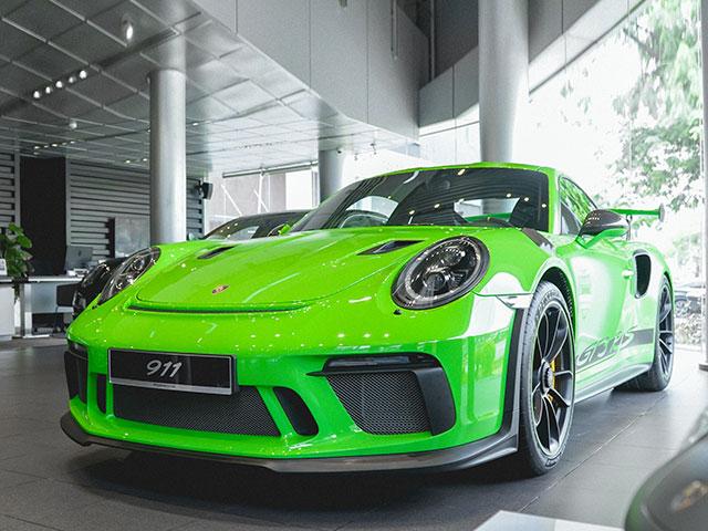 Posrche sẽ giới thiệu gói thiết kế Heritage Design cho dòng xe 911 vào năm sau - 7