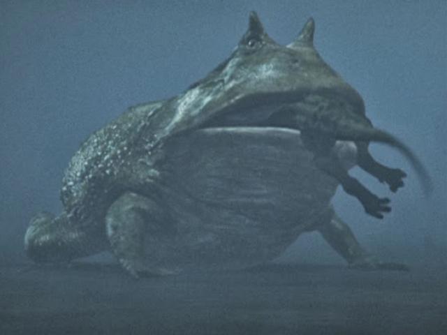 Bí ẩn về quái vật giữa hồ nổi tiếng nhất Trung Quốc