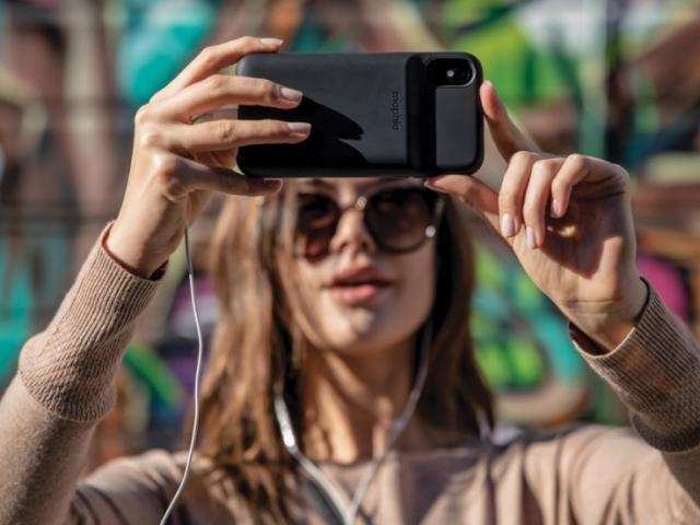 """iPhone X đã """"khai sáng"""" những gì cho thế hệ smartphone ngày nay?"""