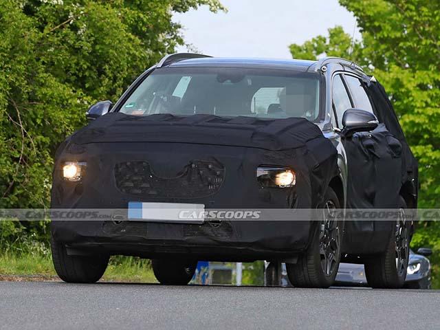 Lộ ảnh xe SUV Hyundai SantaFe phiên bản nâng cấp chạy thử tại châu Âu