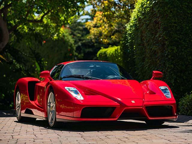 Siêu xe 17 năm tuổi Ferrari Enzo được bán đấu giá trực tuyến hơn 2,6 triệu đô