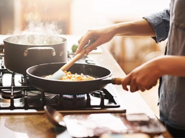 4 thói quen khi nấu nướng có thể khiến gia đình bạn mắc phải ung thư