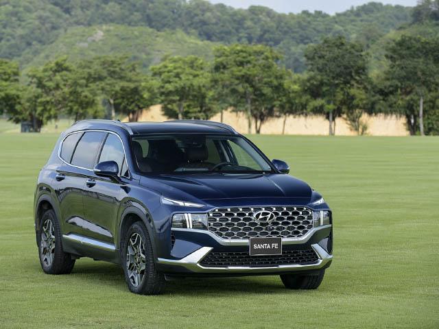 Hyundai SantaFe bản nâng cấp ra mắt thị trường Việt, giá hơn 1 tỷ đồng