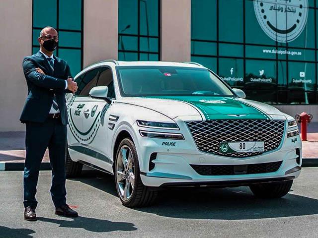 Xe Hàn Genesis GV80 lọt vào bộ sưu tập xe của cảnh sát Dubai