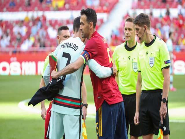 Rúng động EURO 2021: Sergio Busquets dương tính Covid-19, Ronaldo & BĐN tái mặt