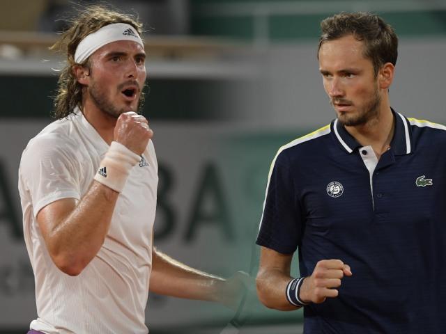 Video Tsitsipas - Medvedev: Cứu set point siêu hạng, giật vé bán kết (Roland Garros)