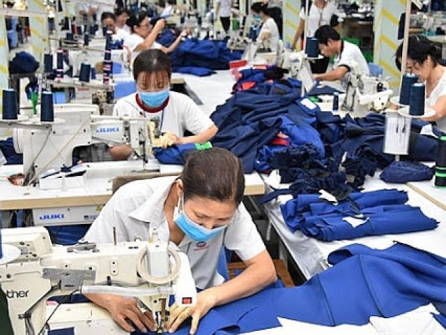 Cú sốc Covid-19: 42.500 công nhân mất việc hoặc ngừng việc tại TP HCM
