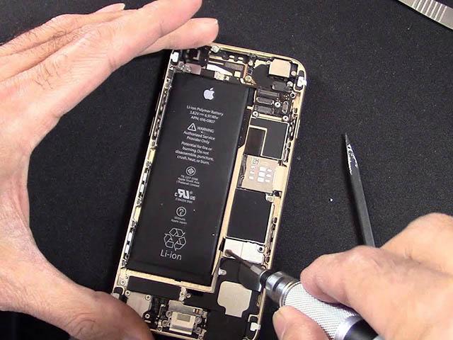 Đây là sai lầm khiến pin điện thoại chai nhanh hơn