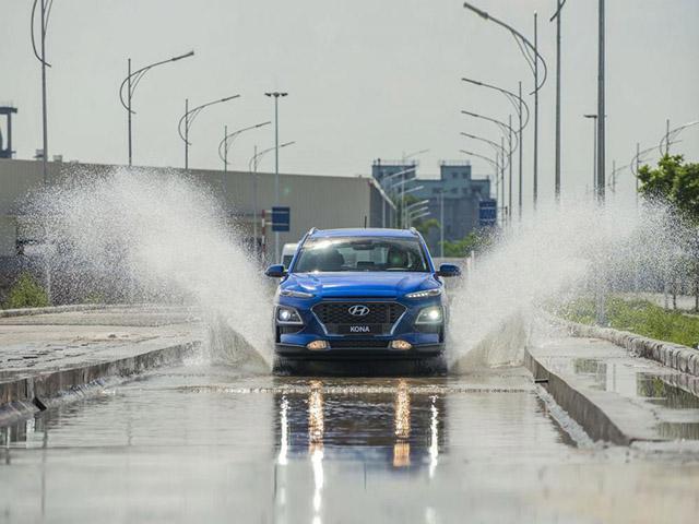 Hyundai Kona N 2020 lộ ảnh chạy thử không ngụy trang - 4