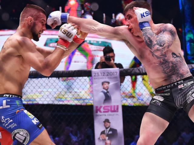 """6 cao thủ MMA nằm đo sàn vì những cú đấm nặng """"ngàn cân"""" - 3"""
