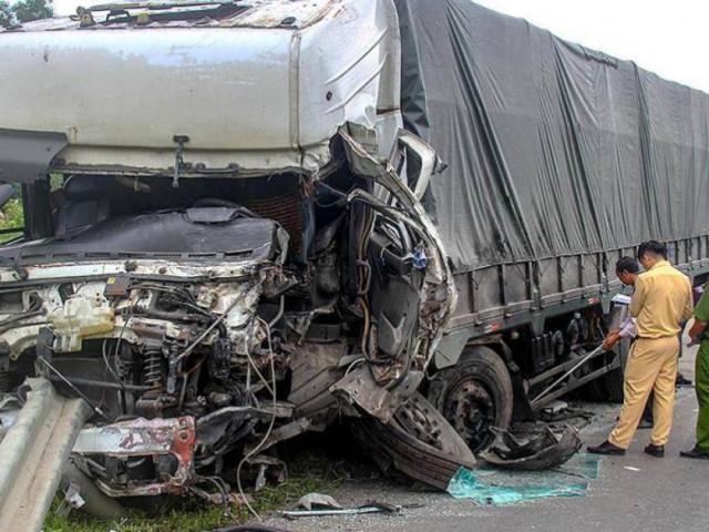 Vụ tai nạn 8 người chết ở Bình Thuận: Nỗi đau xé lòng người ở lại