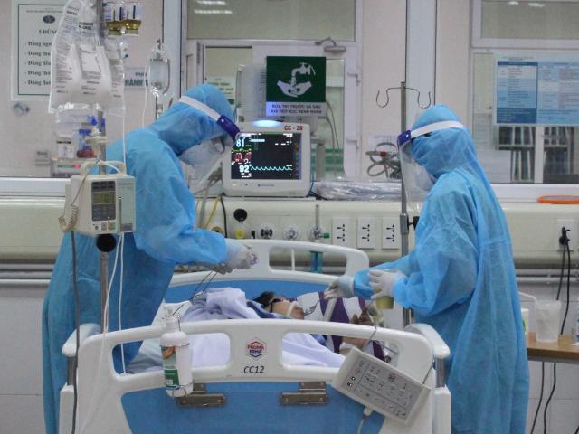 Hai bệnh nhân COVID-19 ở Đà Nẵng tiên lượng rất nặng