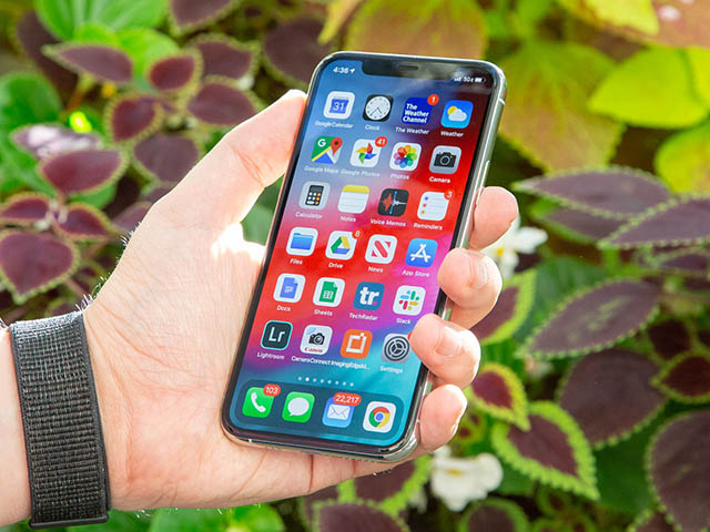 Lộ thêm chi tiết bất ngờ về màn hình và camera của iPhone 12