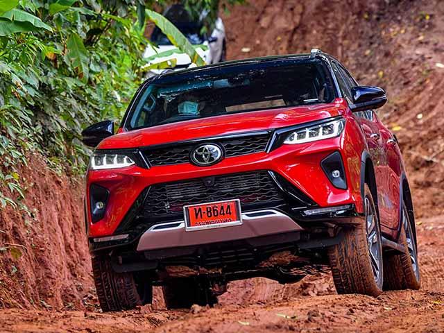 Toyota Fortuner sẽ có thêm phiên bản máy dầu 200 mã lực tại Việt Nam