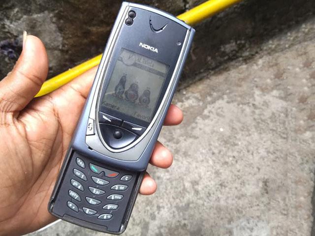 Cùng nhìn lại chiếc điện thoại Nokia đầu tiên có camera kỹ thuật số