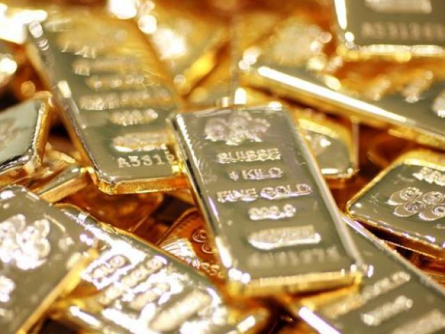 """Giá vàng hôm nay 21/7:Cắm đầu giảm ngay sau khi """"lên đỉnh"""""""