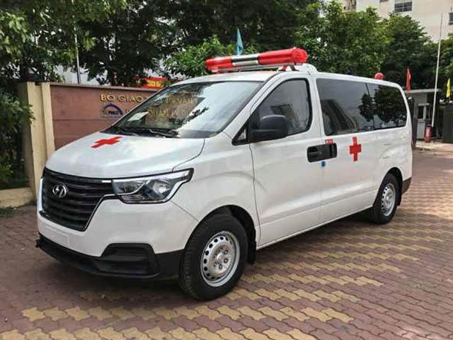 Chi tiết mẫu xe cấp cứu Hyundai Starex tại đại lý, giá bán hơn 760 triệu đồng