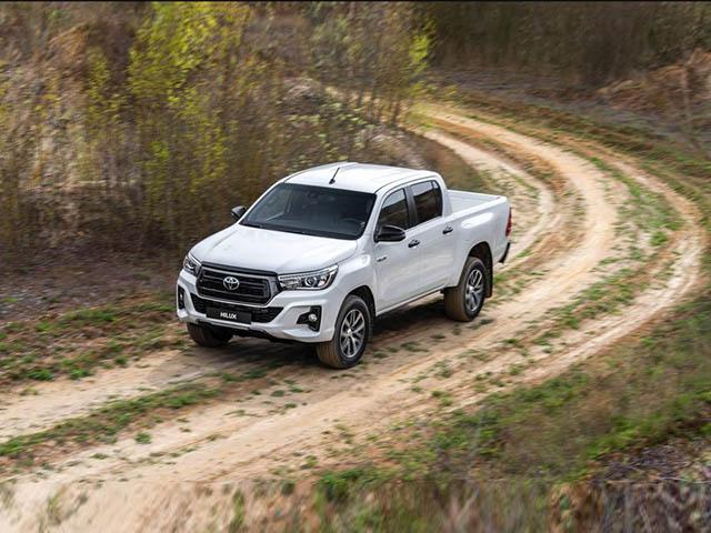 Toyota C-HR 2020 trẻ trung hơn với thiết kế mới, có thể sẽ về Việt Nam - 4