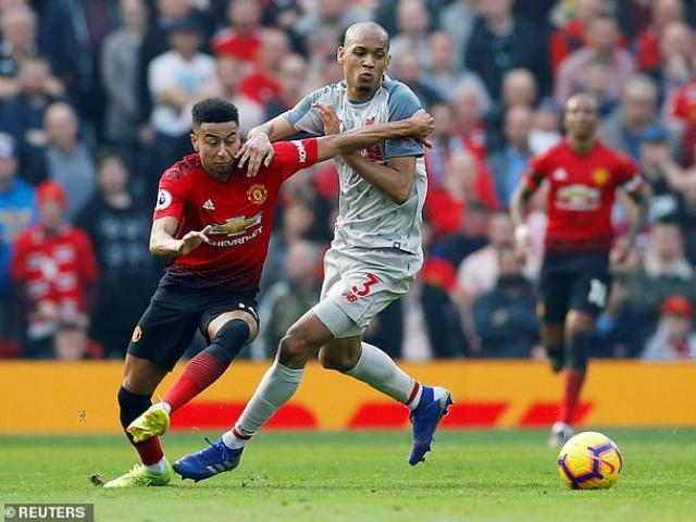 MU trước trận Liverpool: Solskjaercó thể tự từ chức, Sir Alex đến sân tập - 3