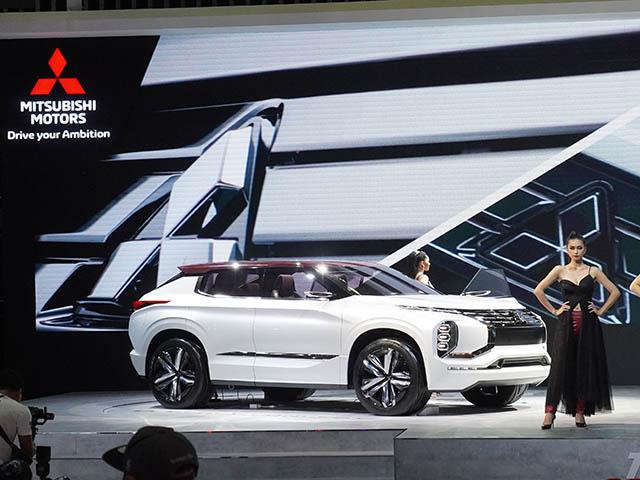 Cận cảnh Volkswagen Tiguan AllSpace Luxury S dành cho ai mê Offroad tại Việt Nam - 16