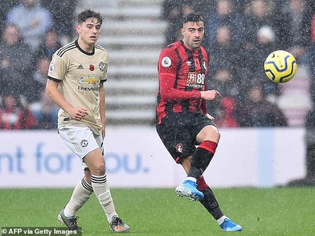 MU thủng lưới khó ngờ, Solskjaer lập kỷ lục buồn nối gót Sir Alex Ferguson - 2