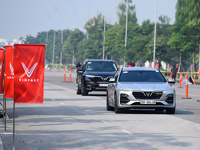 VinFast tài trợ xe di chuyển cho Hội nghị ASEAN 2020 - 6