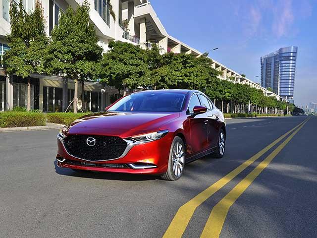 Soi chi tiết Mazda3 thế hệ mới sedan phiên bản tiêu chuẩn với ghế nỉ - 15
