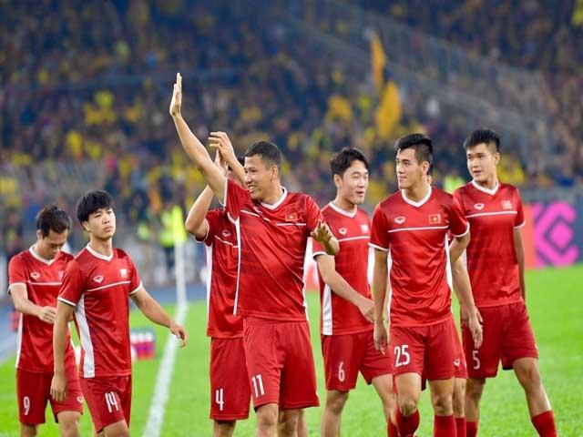 HLV UAE gây tranh cãi lớn trước trận đấu với tuyển Việt Nam - 2