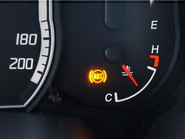 6 cách kiểm tra hệ thống phanh trên xe ô tô hoạt động an toàn