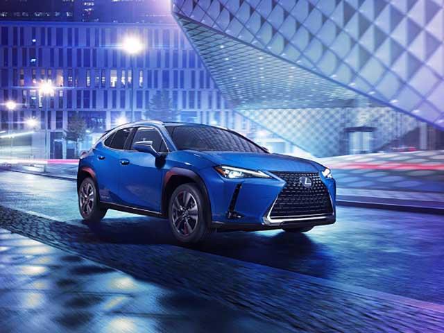 Lexus giới thiệu xe sử dụng động cơ điện đầu tiên với tên gọi UX300e