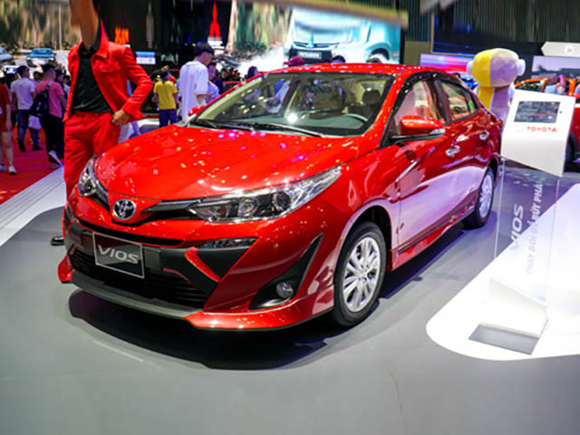 Toyota Etios Cross mở bán, giá từ 210 triệu đồng, đối thủ của Hyundai Grand i10 - 6