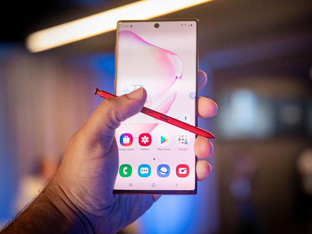 Mua iPhone SE 2020 hay Galaxy Note 10+ khi chỉ chênh nhau 01 triệu?