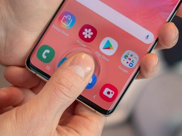 """Đây là smartphone vẫn rất đáng mua trong năm 2020 nhờ những """"vũ khí"""" riêng biệt không đâu có"""