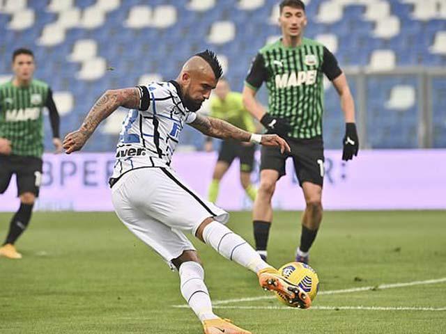 """Video Sassuolo - Inter Milan: """"Tội đồ"""" trung vệ, 3 bàn choáng váng"""