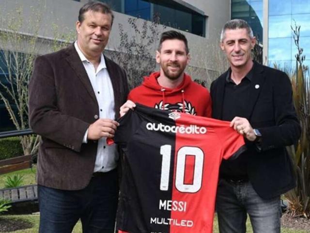 Messi hồi hương, có tái hợp đội bóng cũ khiến PSG, Man City lo lắng?