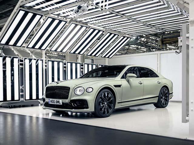Ngắm màu sơn 100 năm tuổi có mặt trên xe Bentley thế hệ mới