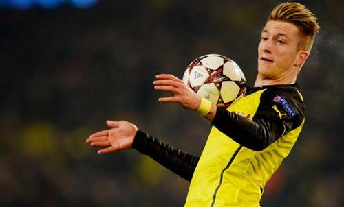 Barca bị cấm chuyển nhượng, Real hưởng lợi vụ Reus