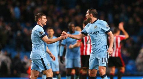 """Man City thắng nhọc, HLV Pellegrini """"thót tim"""""""