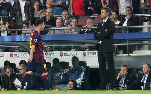 Dọa phạt Messi, Enrique đối diện nguy cơ bị