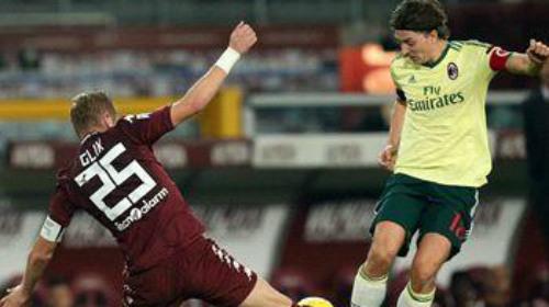 Torino - AC Milan: Trái đắng phút cuối