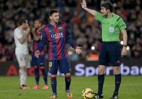 Messi gây bão dư luận trận Barca - Atletico